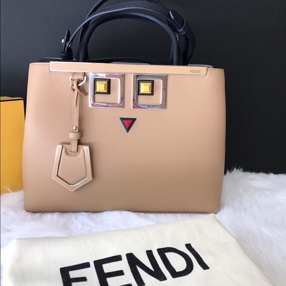 2e4655a31199 Fendi 2jours square eye - cruise collection